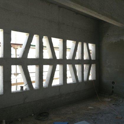 תיעוד תהליך בניית בית הכנסת